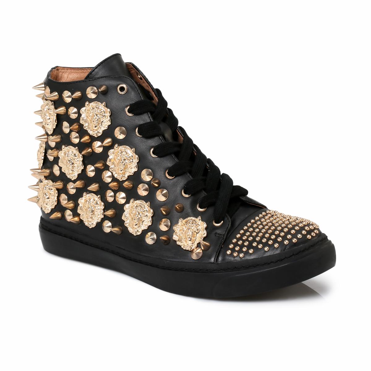 heels with studs, studded stilettos, stud pumps