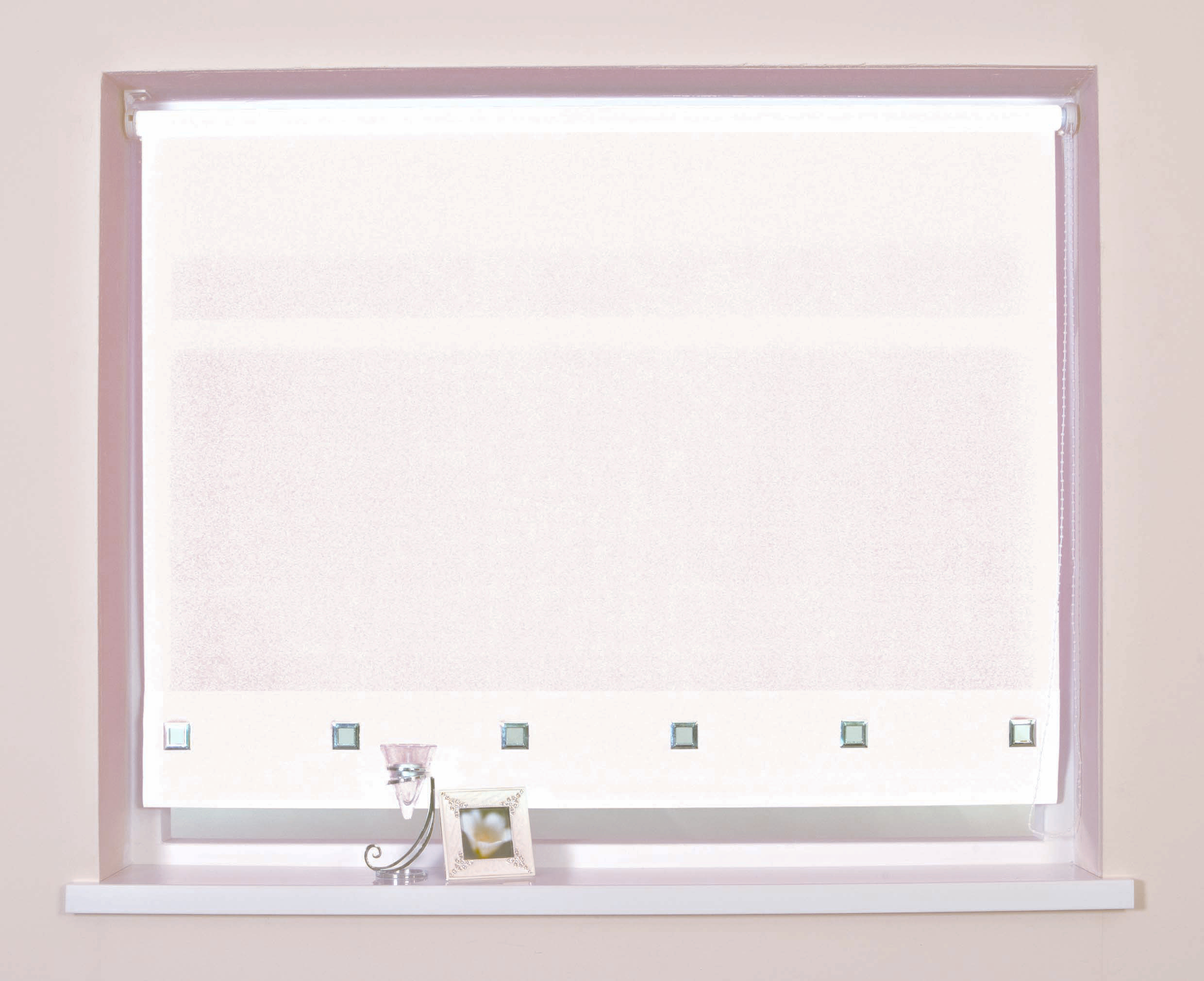 White Roller Blinds : Roller blinds fabric blind window square eyelet black red