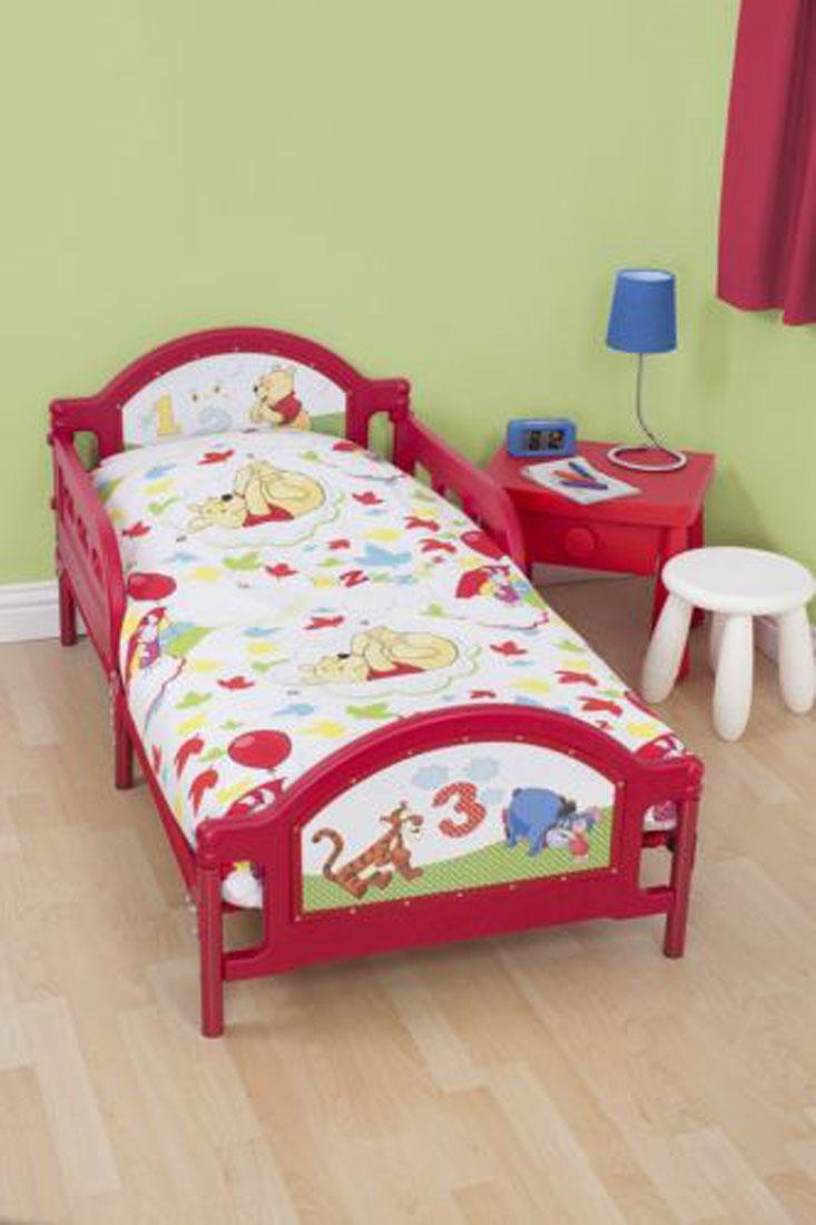 Winnie The Pooh Classic Girls Junior Toddler Cot Duvet