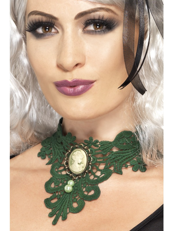 Femme Fatale Gothic Lace Choker Green