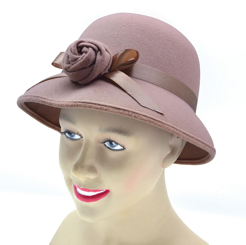 Ladys Hat 1920s Style. Plush Beige