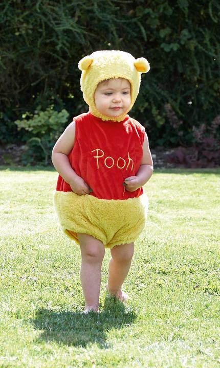 Disney Winnie the Pooh Tabard Fancy Dress Costume Thumbnail 1