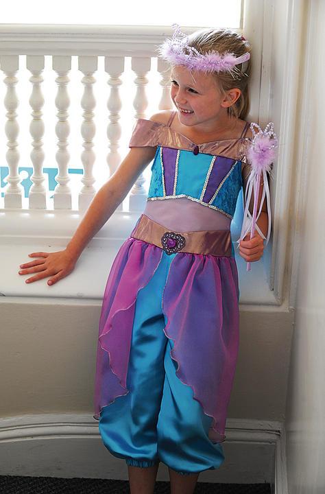 Girls Arabian Princess Costume Thumbnail 2