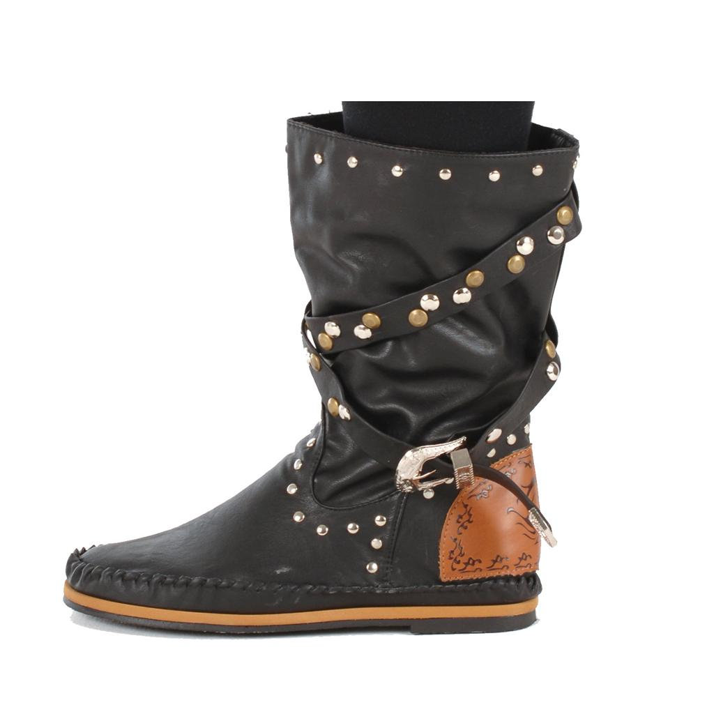 Shop boots for women online at best price in India. Choose girls boots from wide range of options available at our online shopping store - Tata CLiQ.