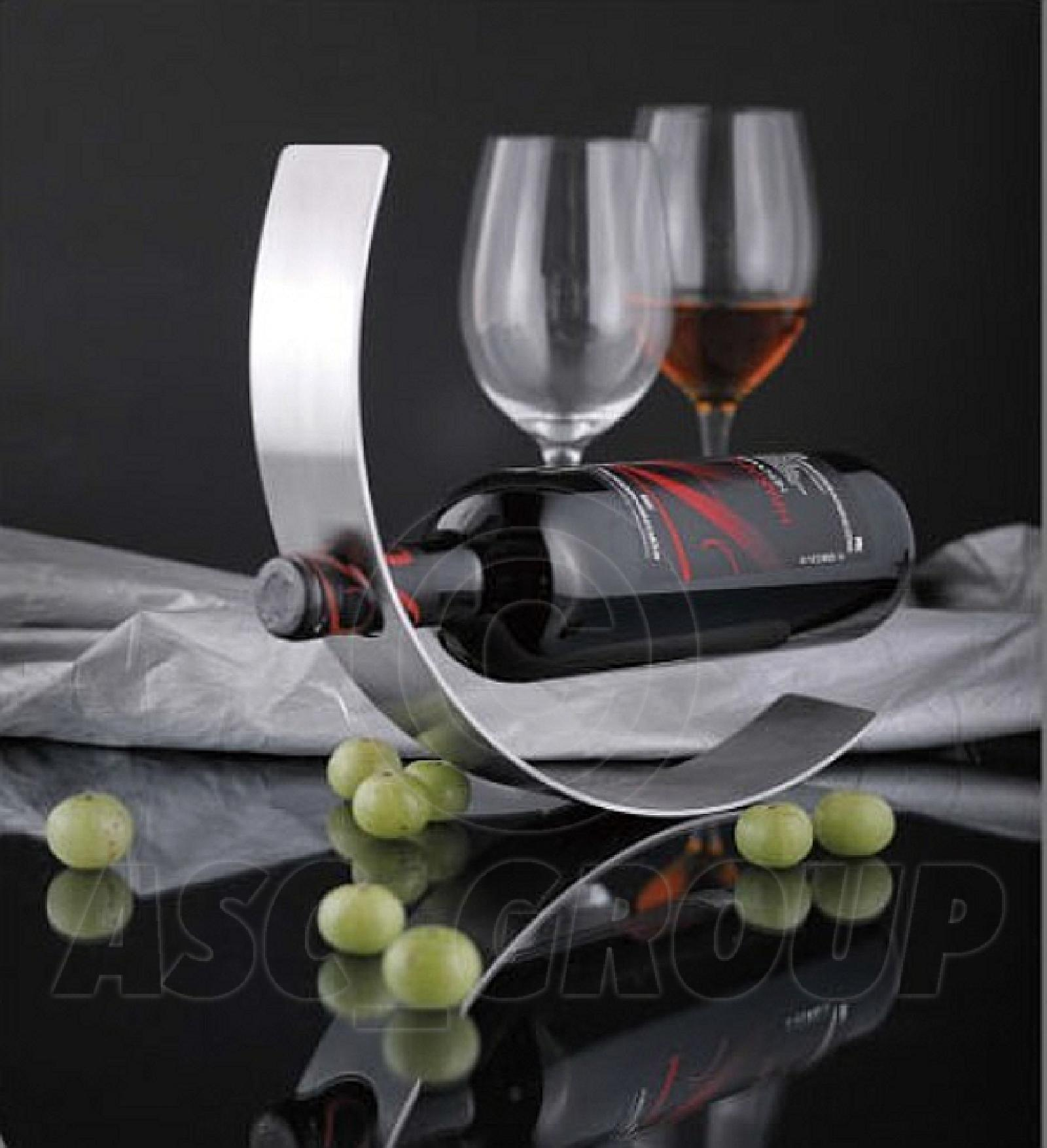 curved metal wine bottle holder floating contempory art rocking wine rack new - Metal Wine Rack