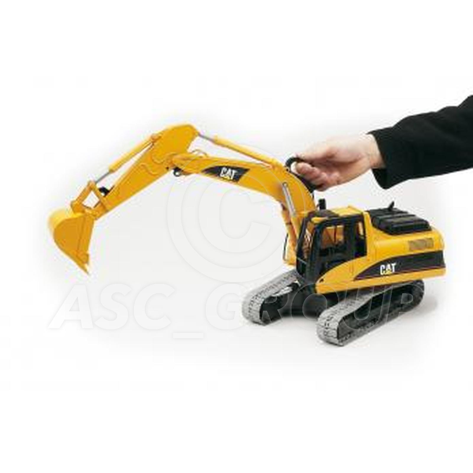 Bruder Toys 02438 Pro Series Caterpiller Cat Excavator