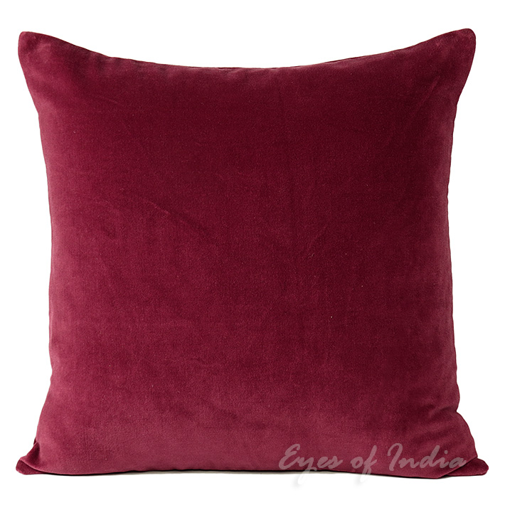Throw Pillows For Burgundy Couch : 16