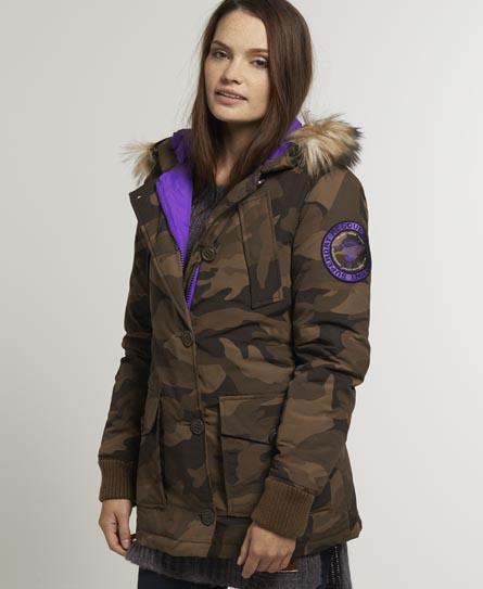 maastokuvioinen takki naisille Savonlinna