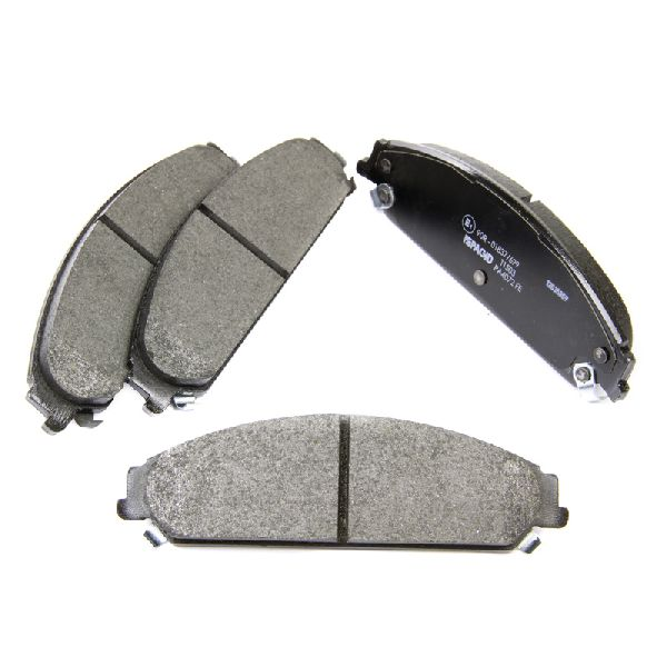 chrysler 300c brembo front brake pads set bosch braking system ebay. Black Bedroom Furniture Sets. Home Design Ideas