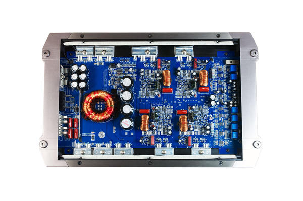 Bassface BLACKDB4.1 2000W 2/3/4 Channel Class D Bridgeable Stereo 12v Power Amplifier Thumbnail 2