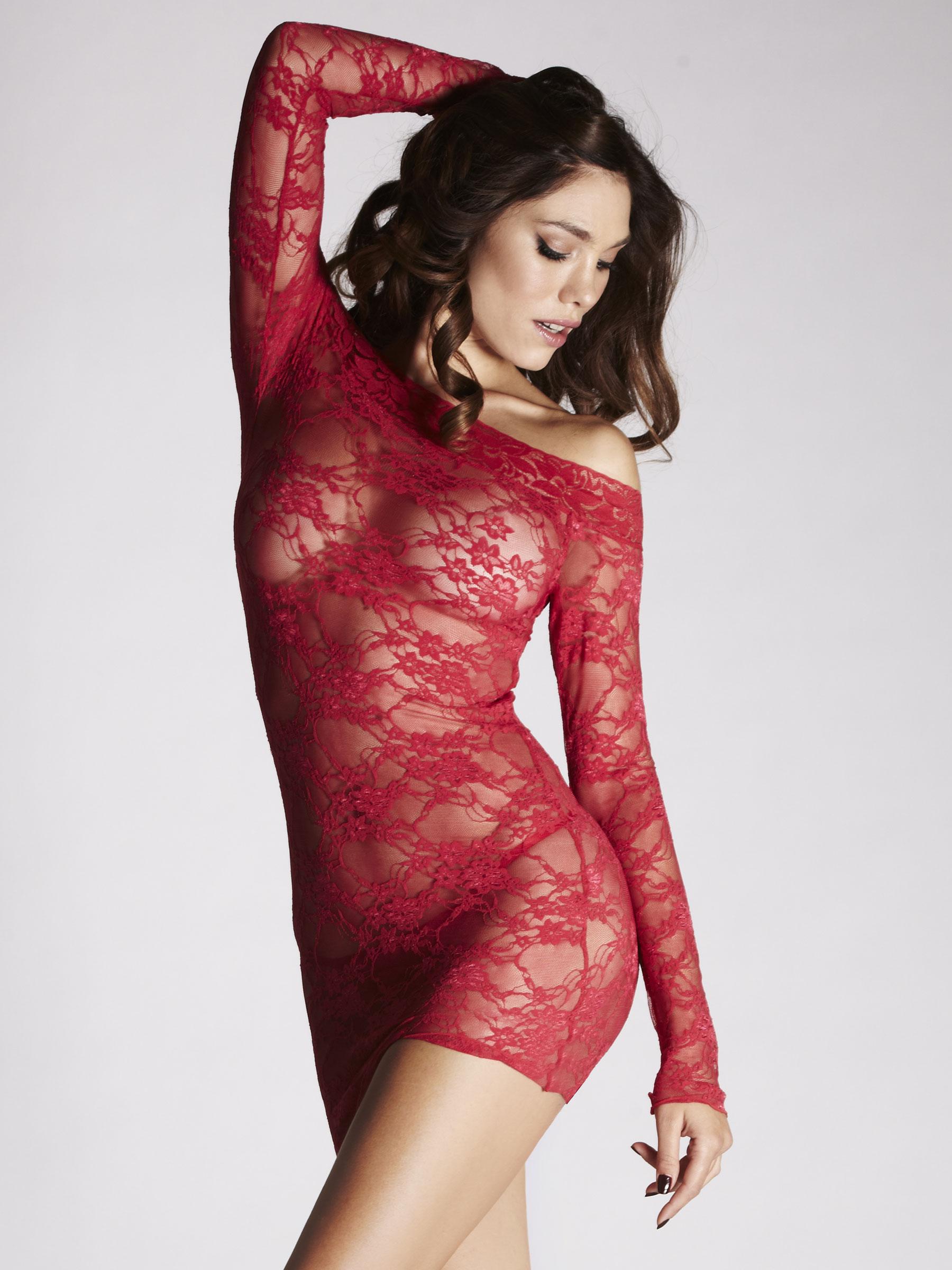 red lingerie pics