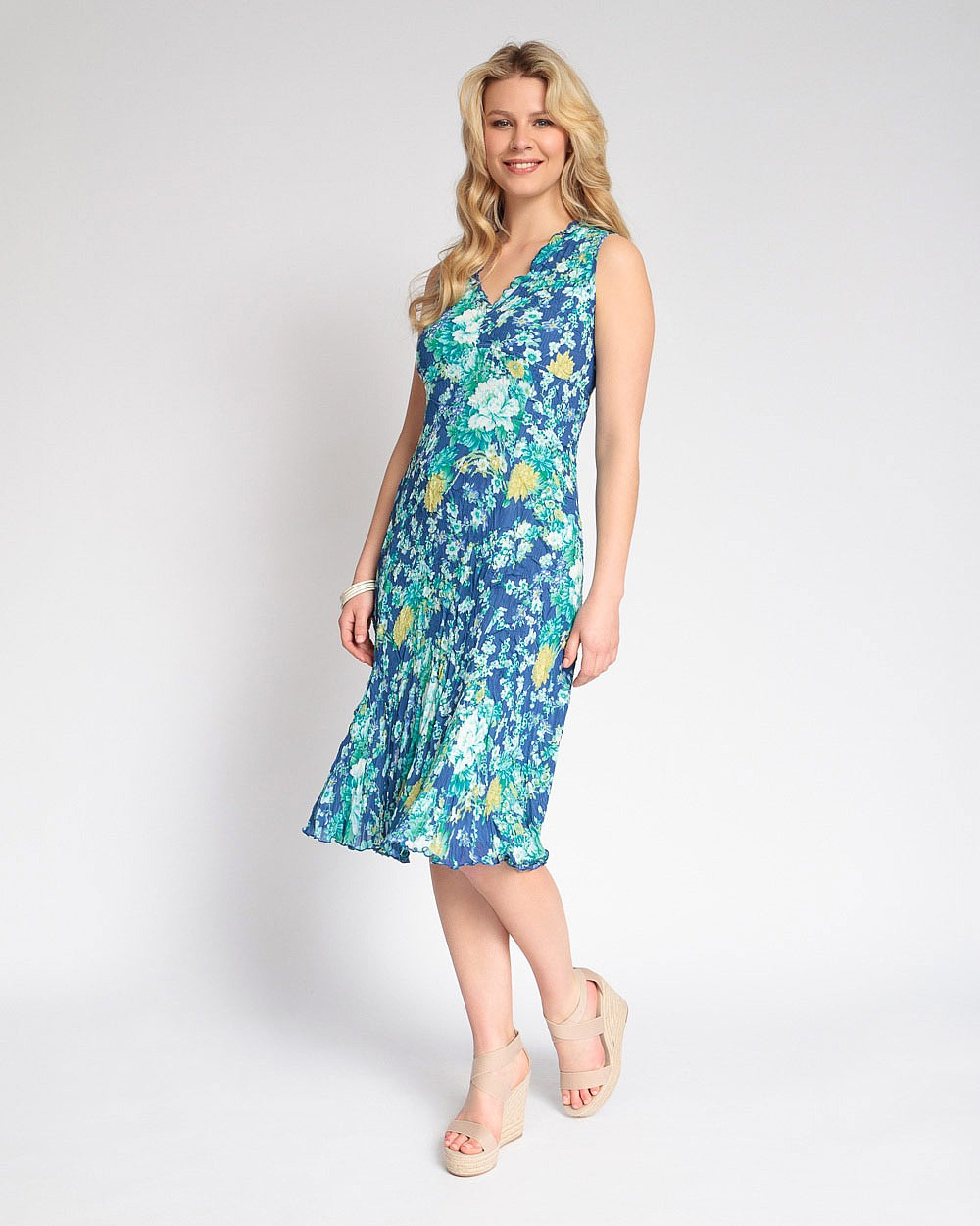 East Casual Florencia Floral Bubble Dress V-Neck Sleeveless Crinkle Fabric Blue