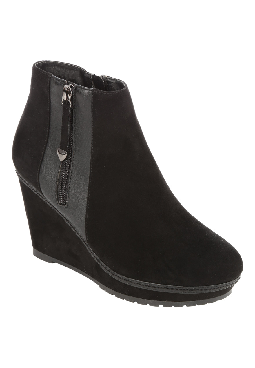 Peacocks Womens Ladies Black Cleat Sole Wedge Platform Zip Boots ...