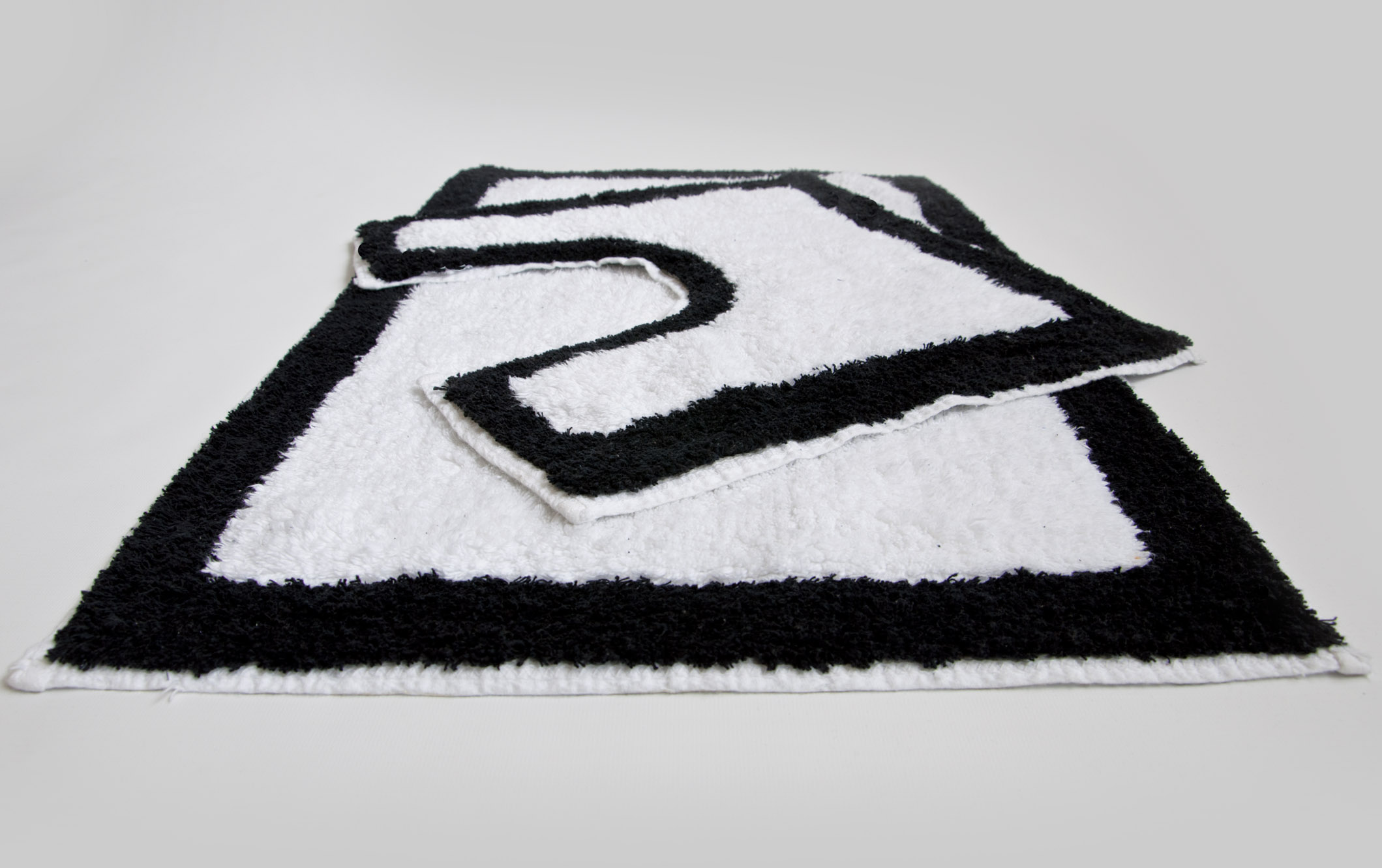 Black And White Doormat 28 Images 2 100 Cotton Non Slip Bath Mat And Pedestal Set In