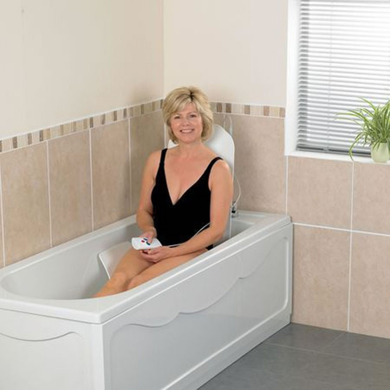 Deltis Bathmaster Reclining Bath Lift Lightweight Mobility