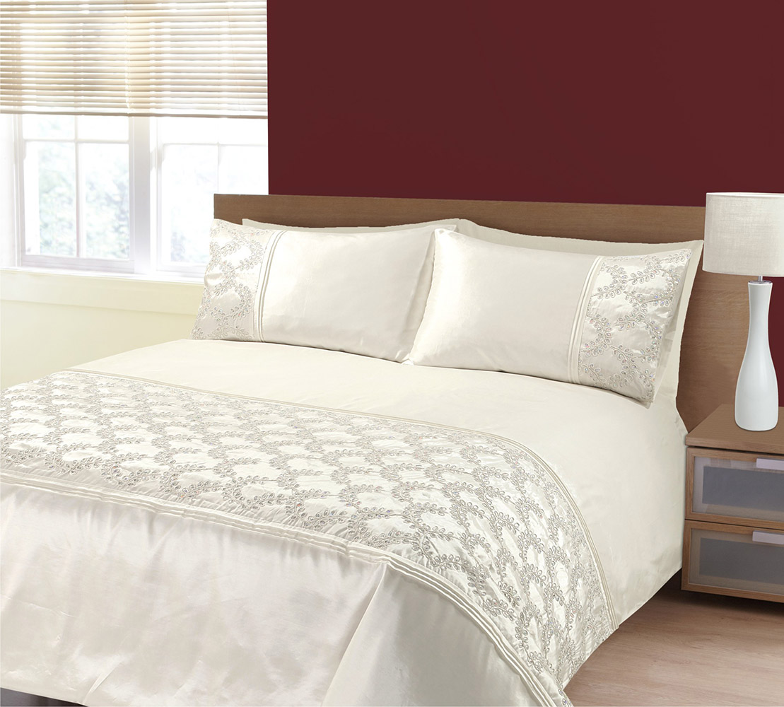 Embellished Sequin Panel Glitz Zara Duvet Bedding Set In Cream
