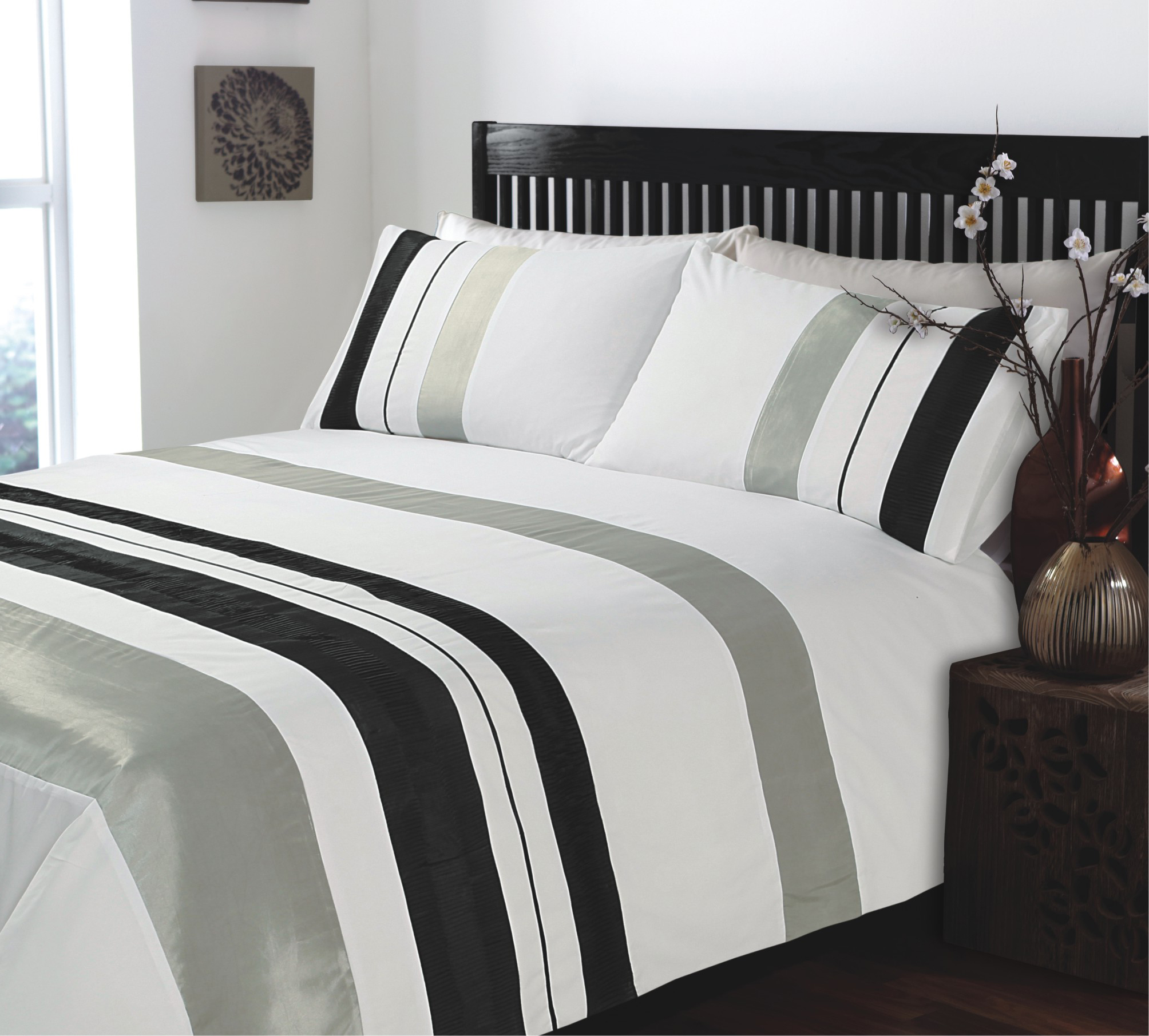 King Size Ripple and Plain Stripe Grey And White Duvet