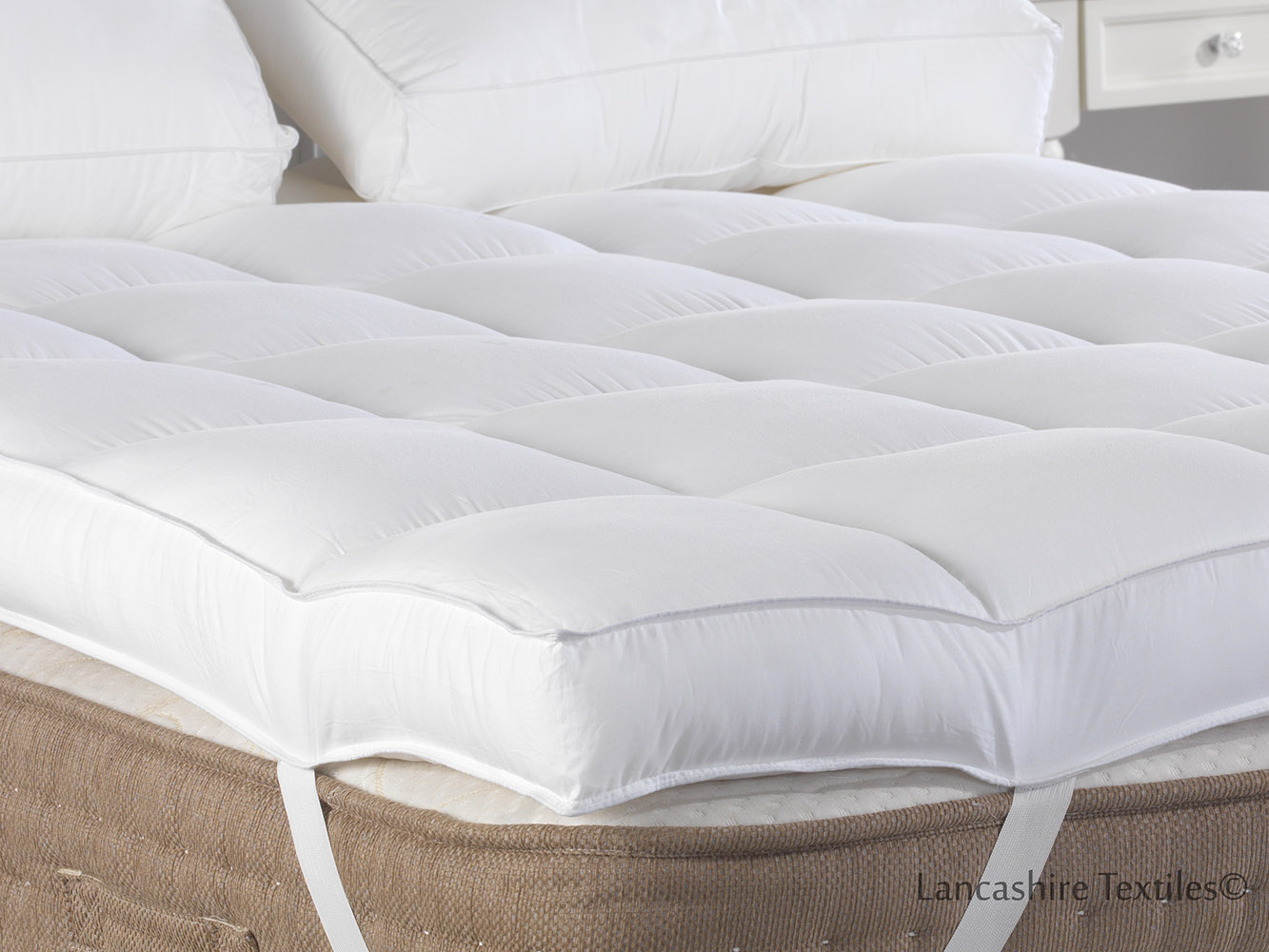 Sleep On A Cloud Hotel Quality 4 Inch 10cm Thick Extra