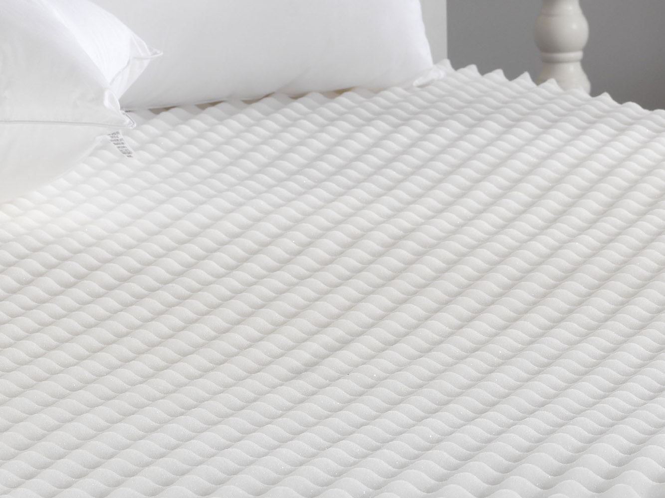 Sentinel Back Support Pain Relief Egg Box Foam Mattress Pad/ Topper -  Slight Second