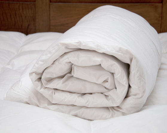 13.5 TOG Hotel Quality Duck Feather & Down Duvet