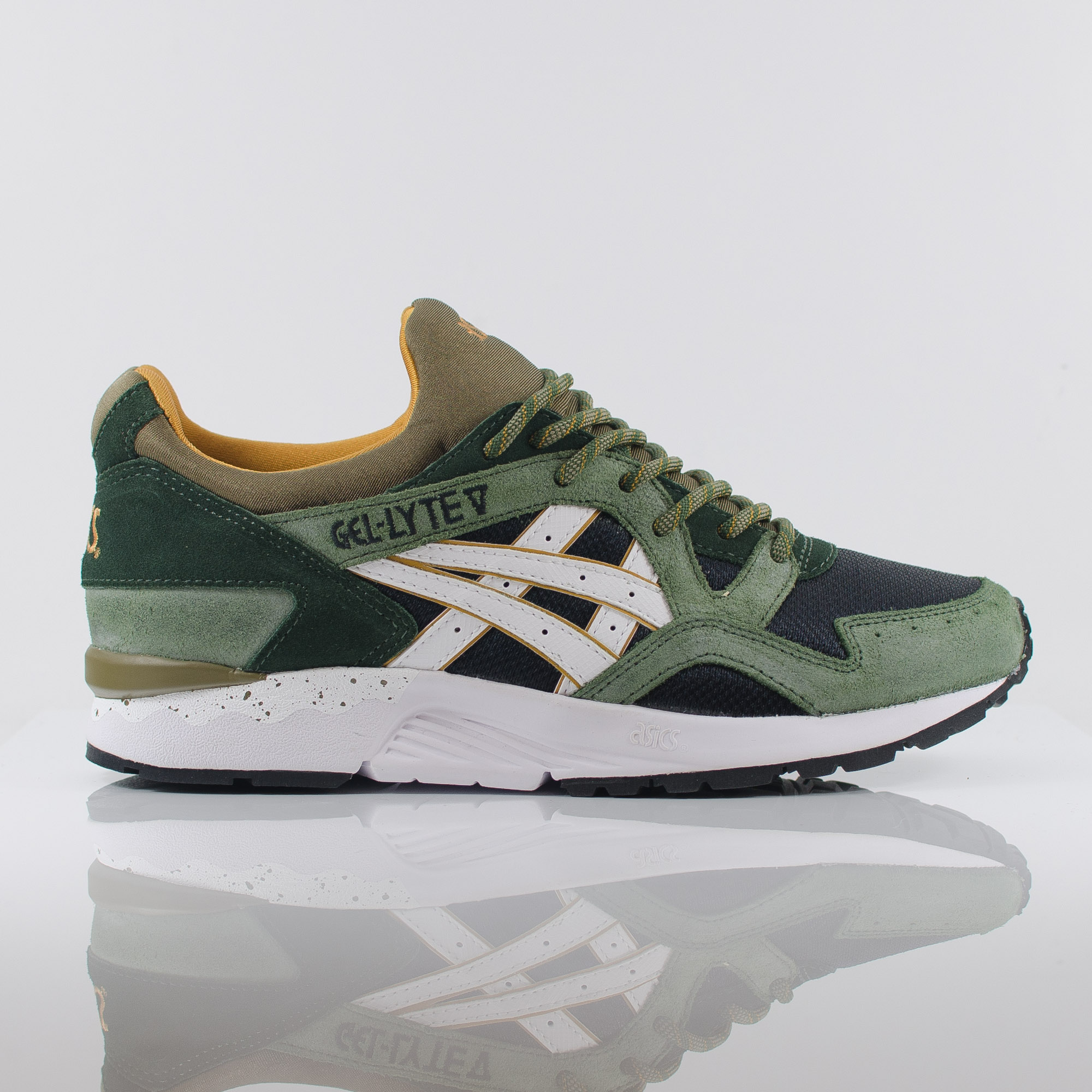 the latest d0b07 b5c87 womens asics gel lyte 5 green orange