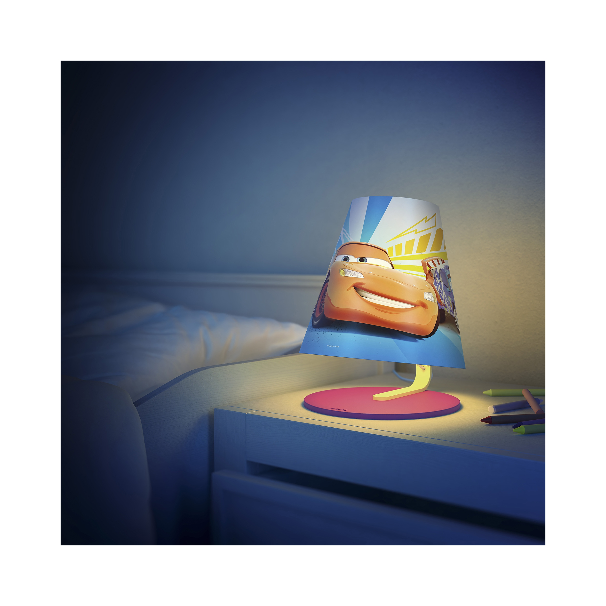 Philips disney lampe de bureau de table cars chambre d - Lampe de table enfant ...