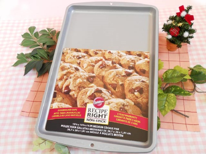Wilton-Recipe-Right-Christmas-Cookies-Pan-Tray-Non-