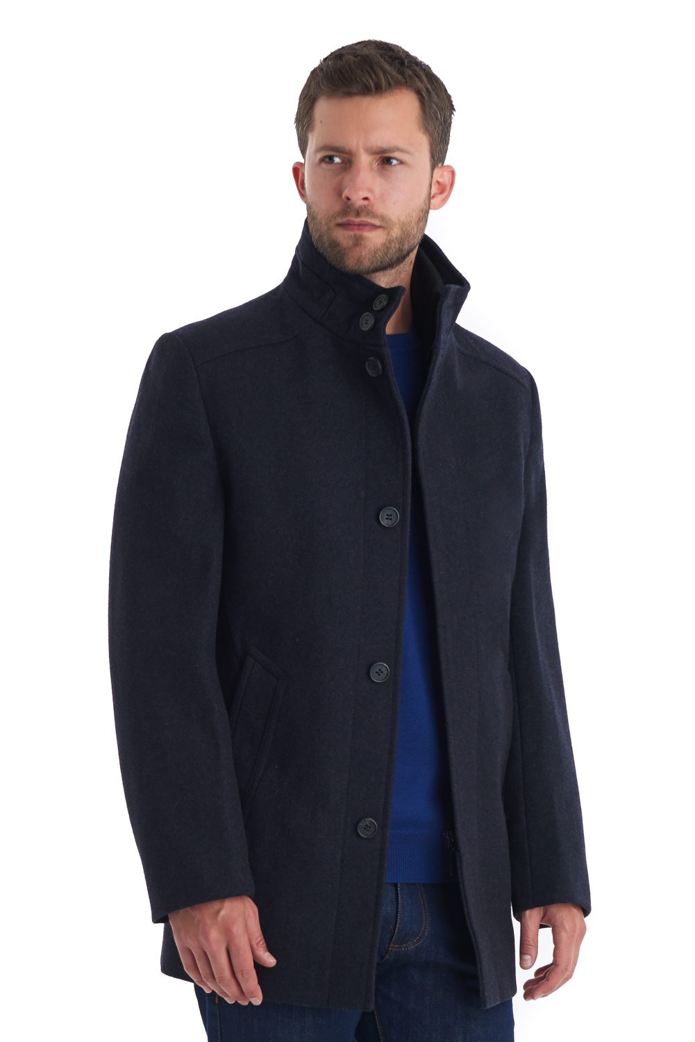Men's Single Breasted Jackets Tailored for the trendy gent our single breasted jackets have one column of buttons and a narrow overlap of fabric, unlike the double breasted jacket. Perfectly pair with casual pants such as chinos or jeans for a smart casual look.