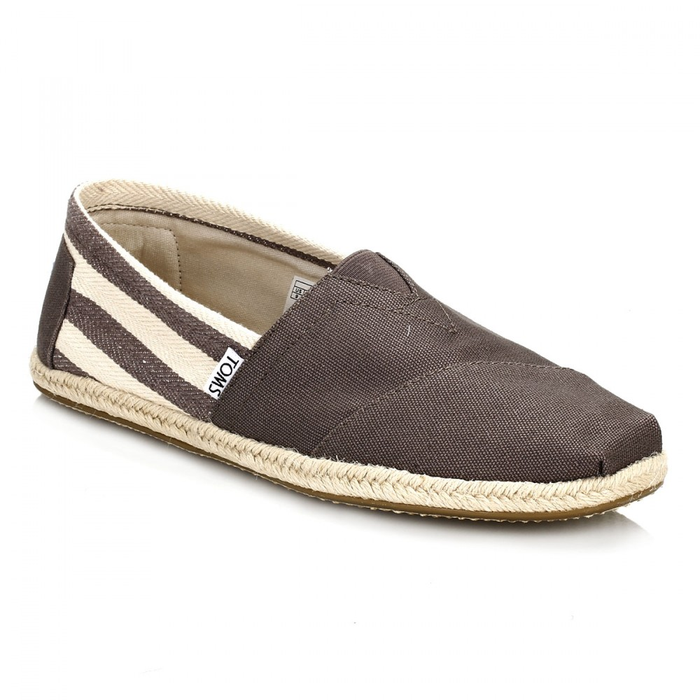 Canvas Slip On Shoes By Red