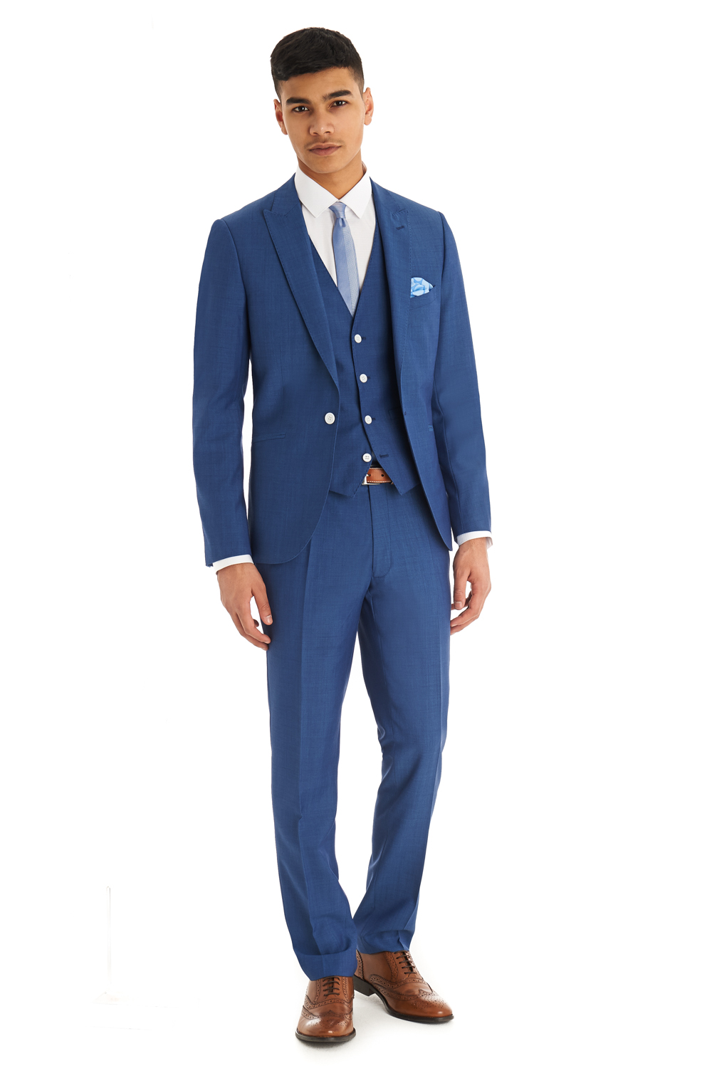 Braveman Men's Slim-Fit Suits (3-Piece) Make a fashion statement at business functions, weddings, and other formal events with these 3-piece suits in a modern, slim-fit cut Groupon/5().
