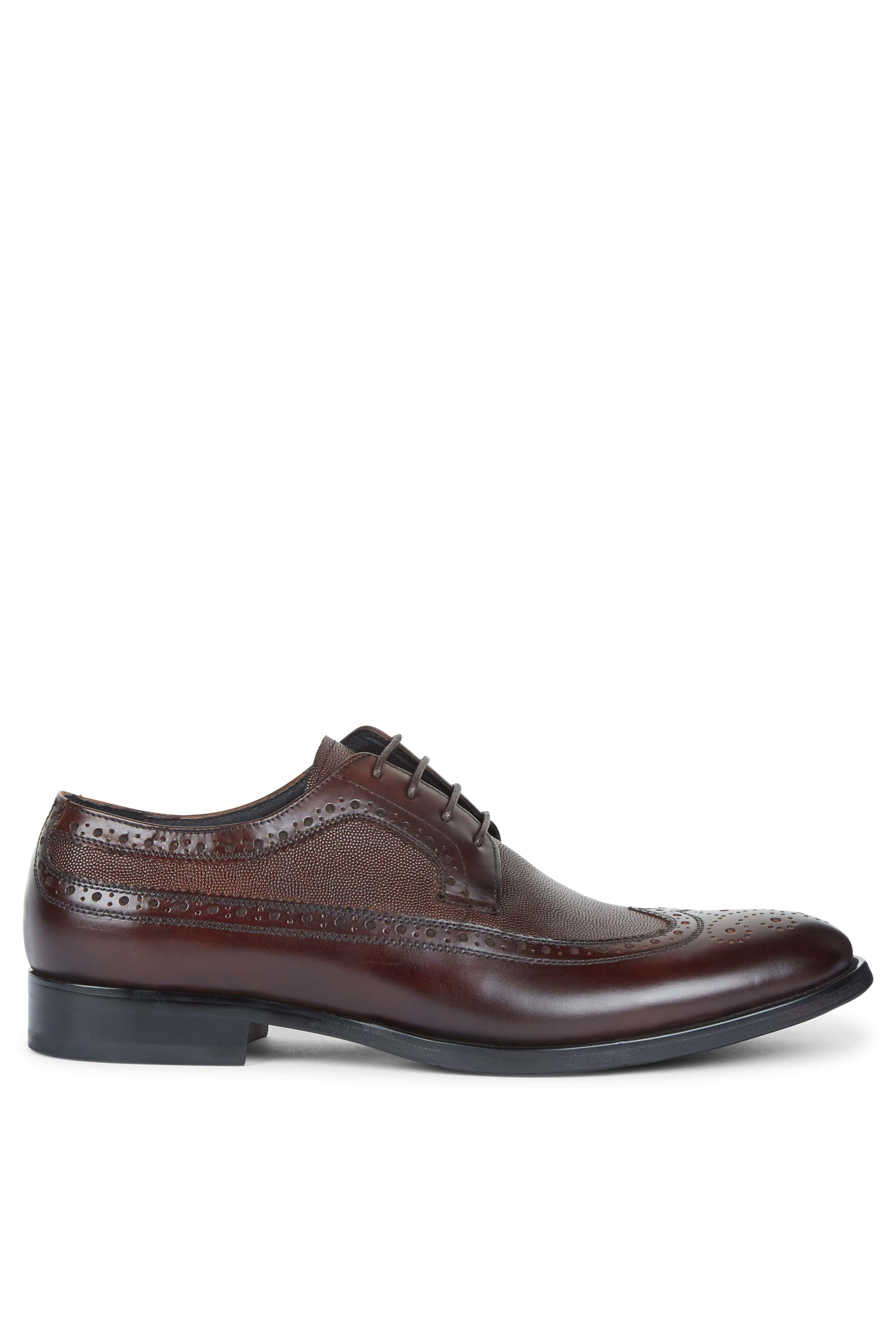 white mens shoes textured brown oxford