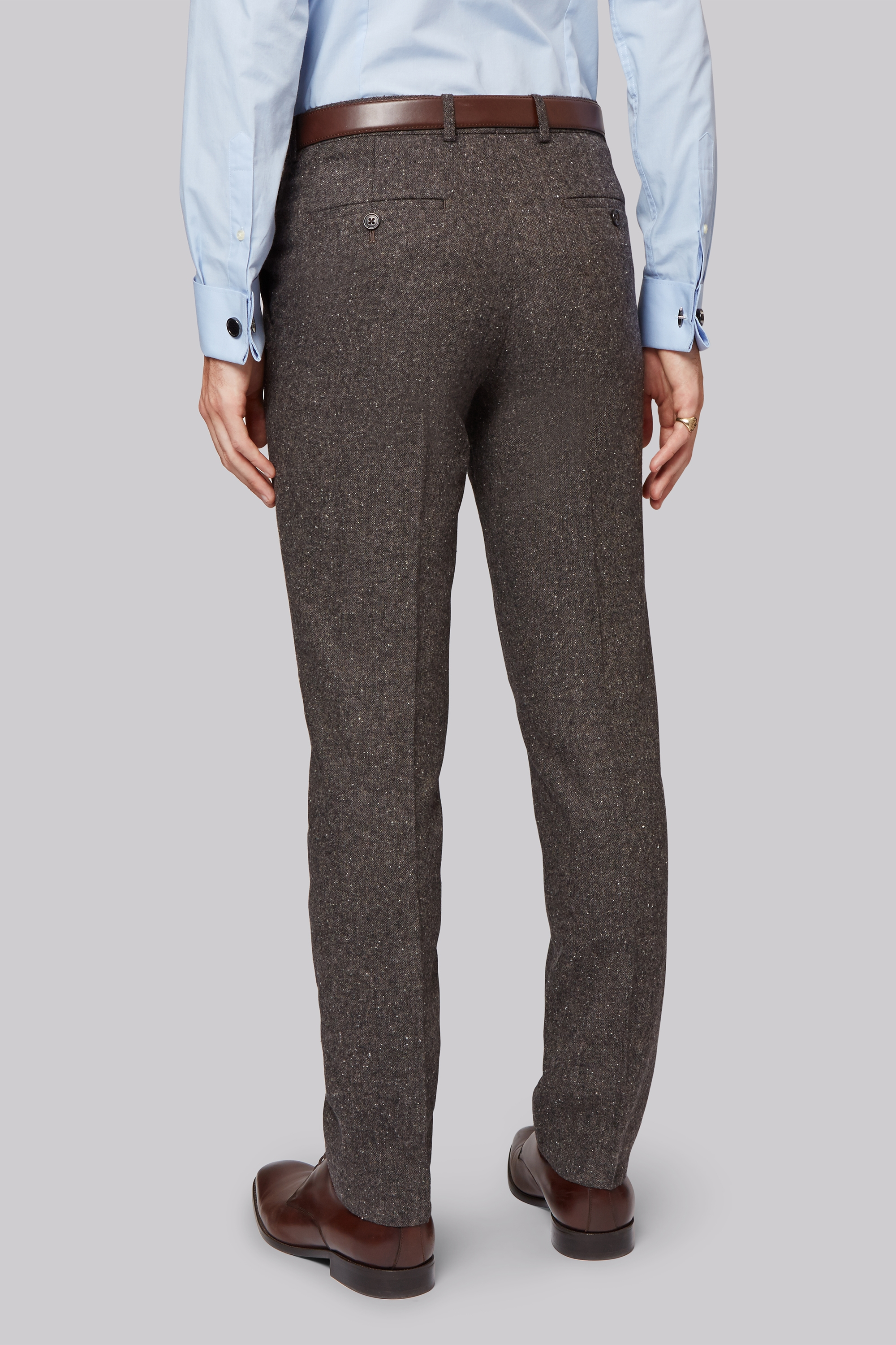 Tweed trousers are definitely a statement piece for your wardrobe and demand that an outfit starts at the legs and develops upwards. You can, of course add the matching waistcoat and jacket or complement with the shirt or jumper of your choice, and if daring, experiment with a contrasting jacket fabric.