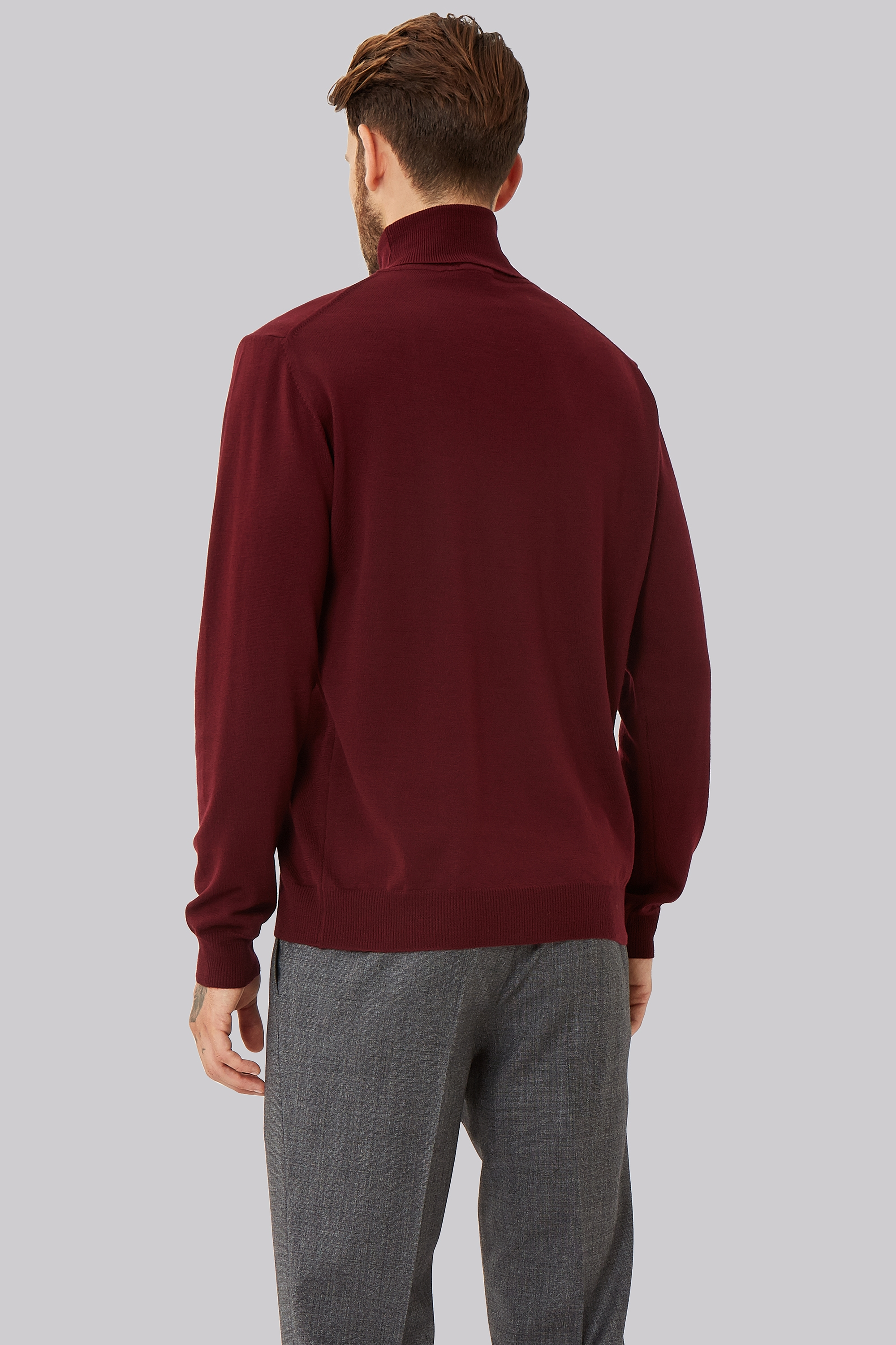 See how others are styling the Red Valentino Roll Neck Jumper. Check if your friends own the product and find other recommended products to complete the look.