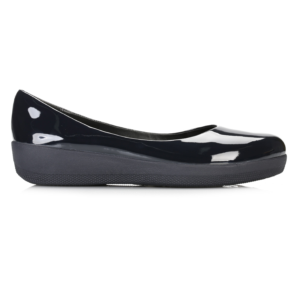 Shop the collection of Women's Flats by Aerosoles. Find women's high quality, comfortable, on-trend shoes at affordable prices.