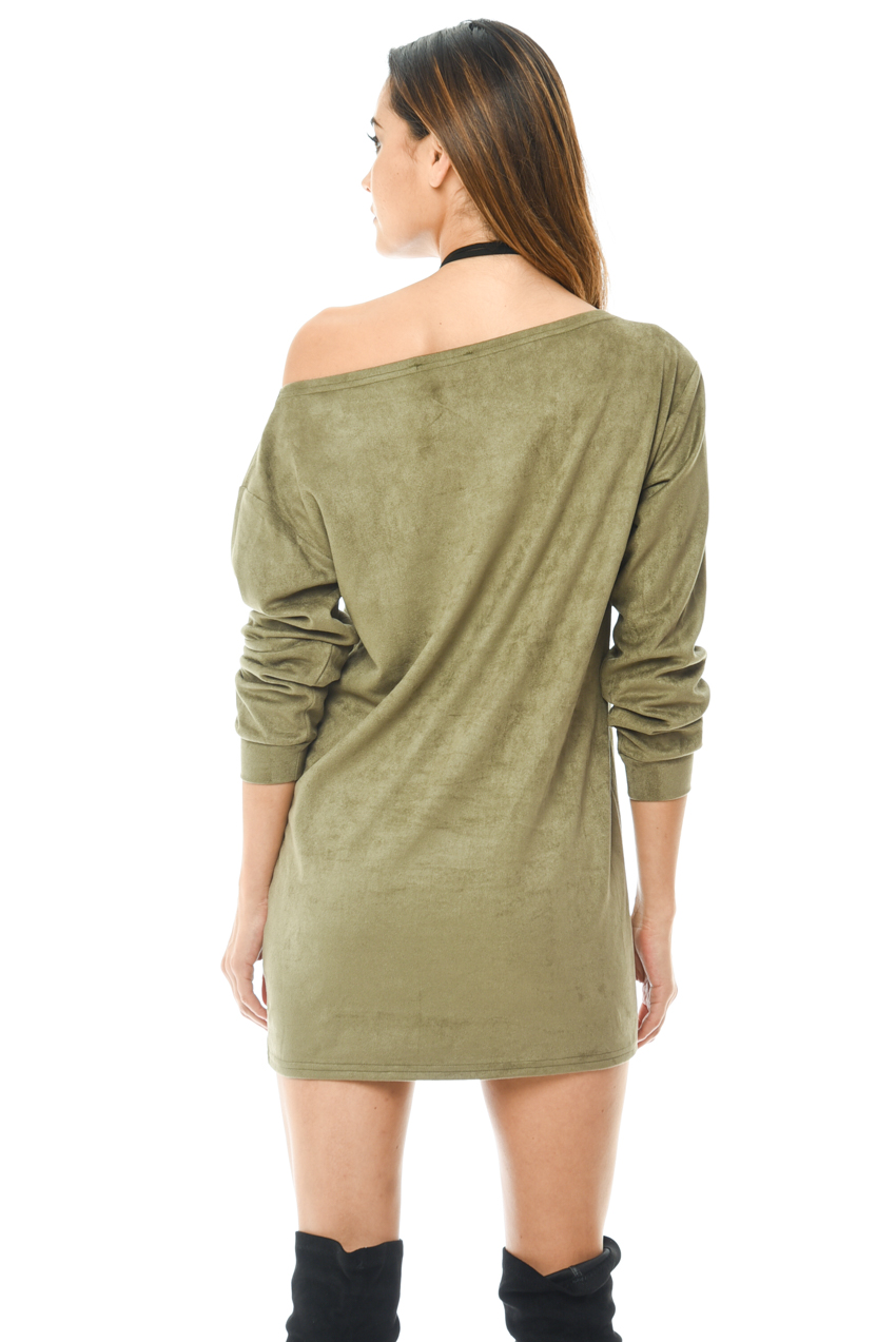 Khaki shirt dress Khaki pants outfit Olive green pants outfit Green Khaki Pants Trousers Green top outfit Passion for Fashion Love & Fashion Fashion Looks Women's Fashion Popular Outfits Stay Classy Style Ideas Fashion Trends Khaki Pants Dress Pants!