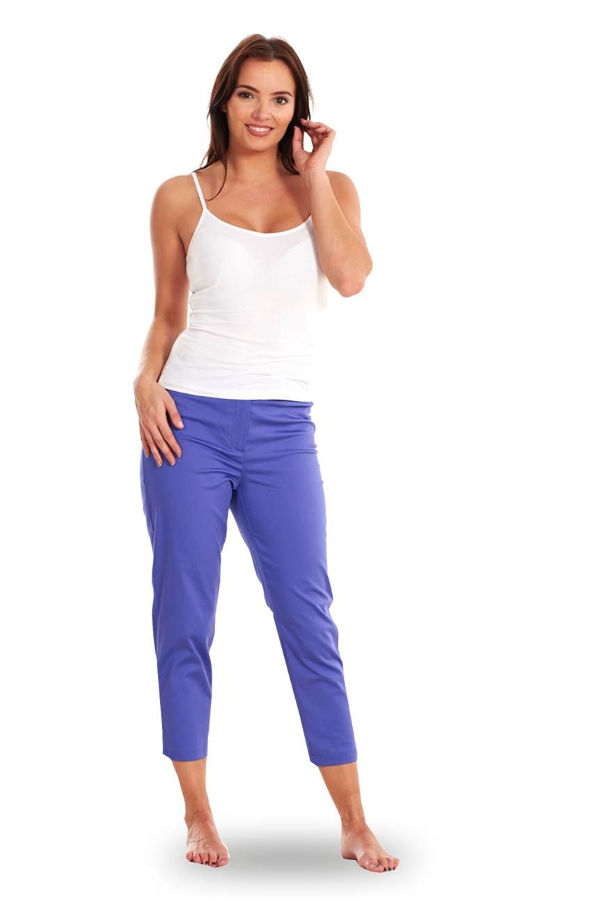 Cropped Pants. If you are looking for something to keep you warm whatever the temperature, you should choose Isotoner. The women's collections feature a selection of designs and materials that are ideal for any situation and outfit, and will ensure you are feeling warm and comfortable.