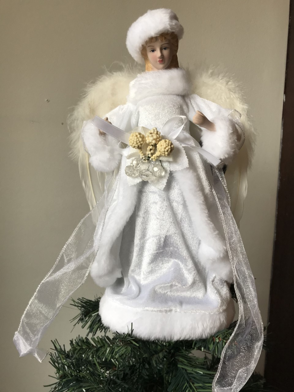 white velvet angel fairy christmas tree topper decoration vintage style feathers ebay. Black Bedroom Furniture Sets. Home Design Ideas