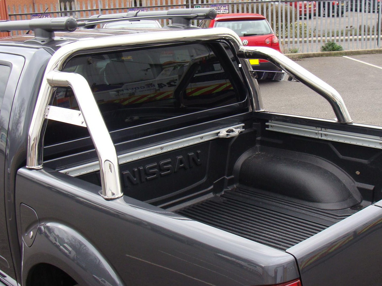 fits nissan navara d40 06 roll bar rollbar sports loop. Black Bedroom Furniture Sets. Home Design Ideas