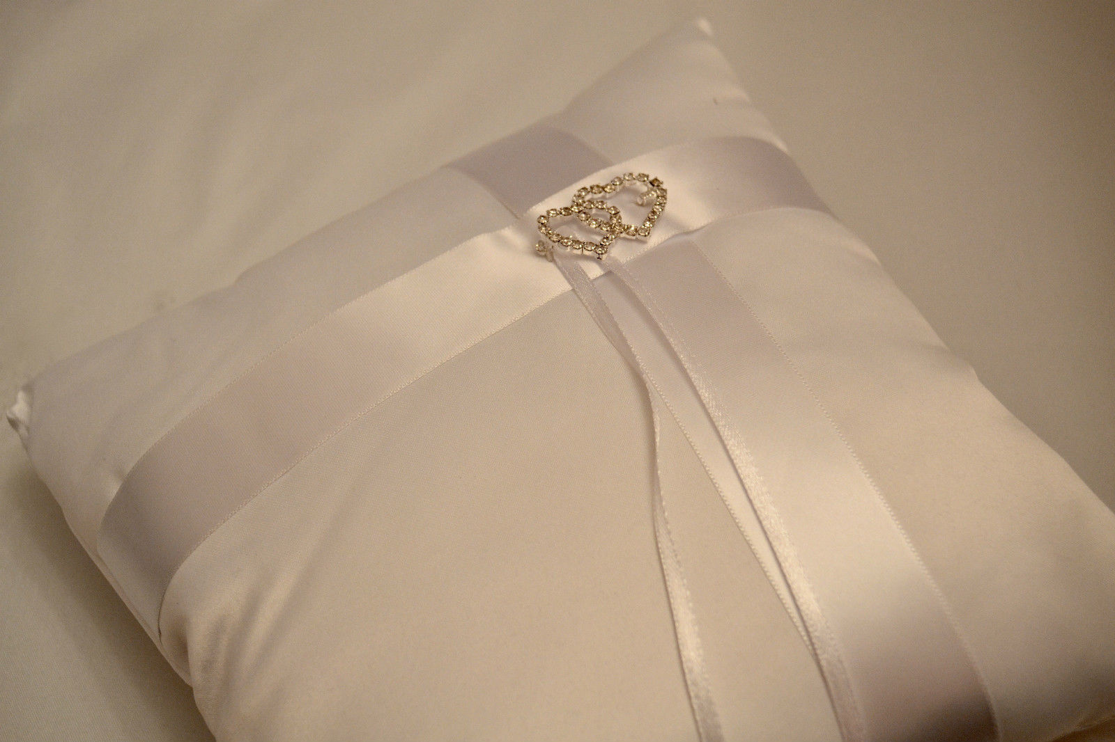 wedding ring cushion pillow 19x19cm with small