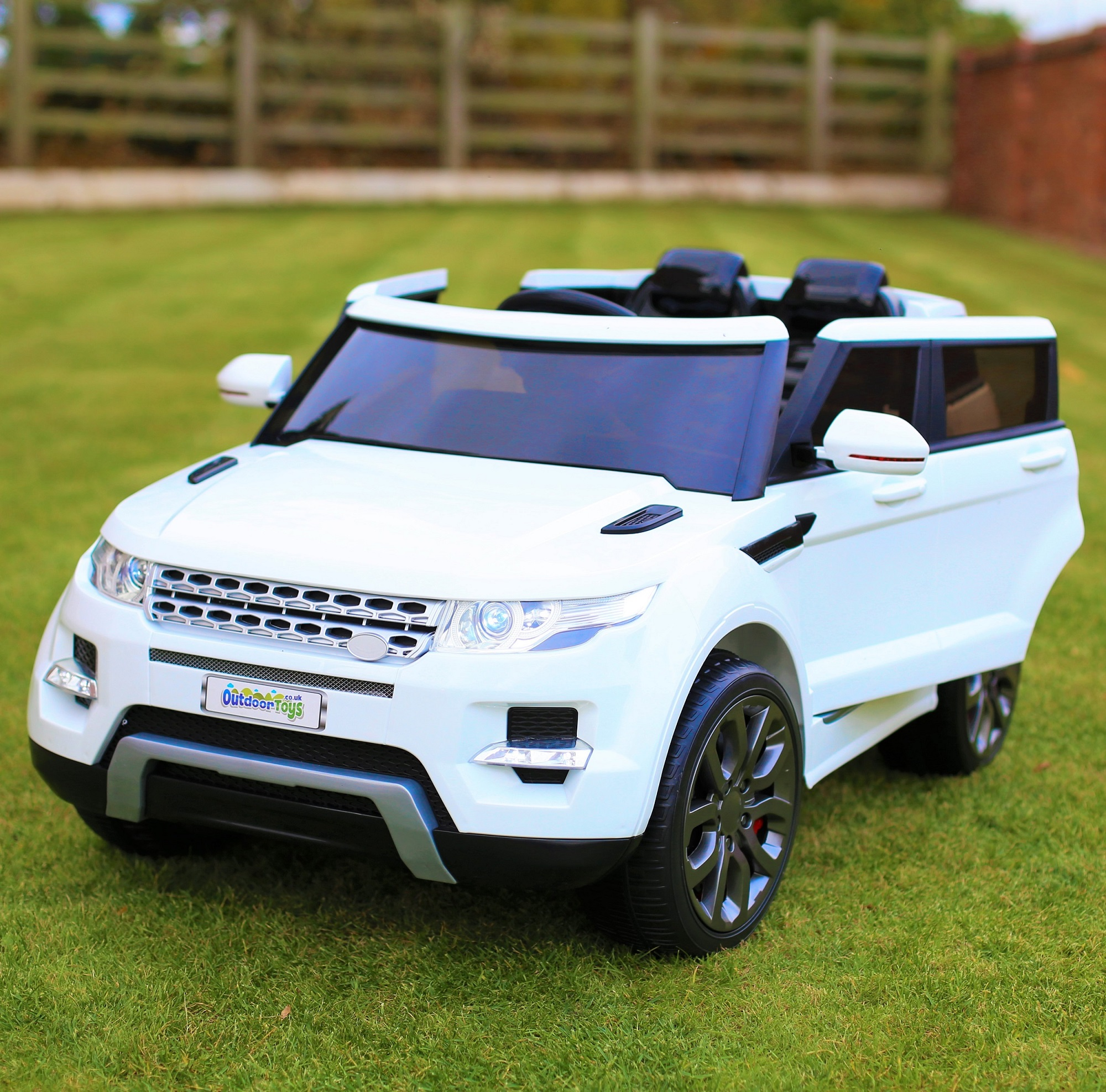 Maxi Range Rover Hse Sport Style Electric Battery Ride On Car