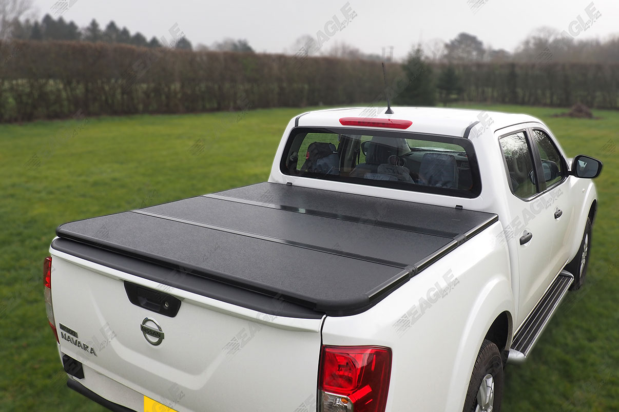 2016 nissan navara np300 eagle1 hard tri fold tonneau. Black Bedroom Furniture Sets. Home Design Ideas