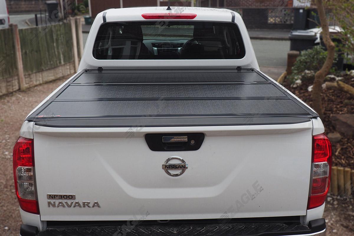 pickup bed cover nissan navara np300 bak flip g2 hard. Black Bedroom Furniture Sets. Home Design Ideas