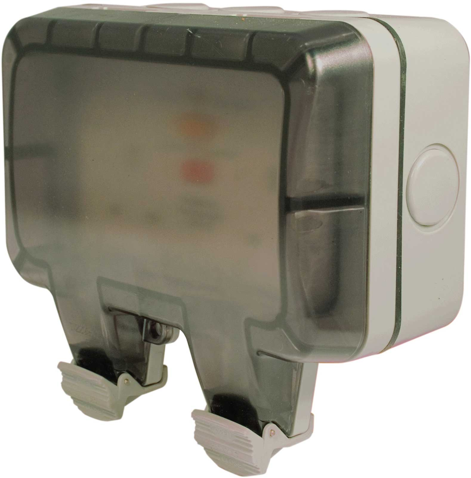 Masterplug Weatherproof Outdoor Rcd Protected Twin Socket