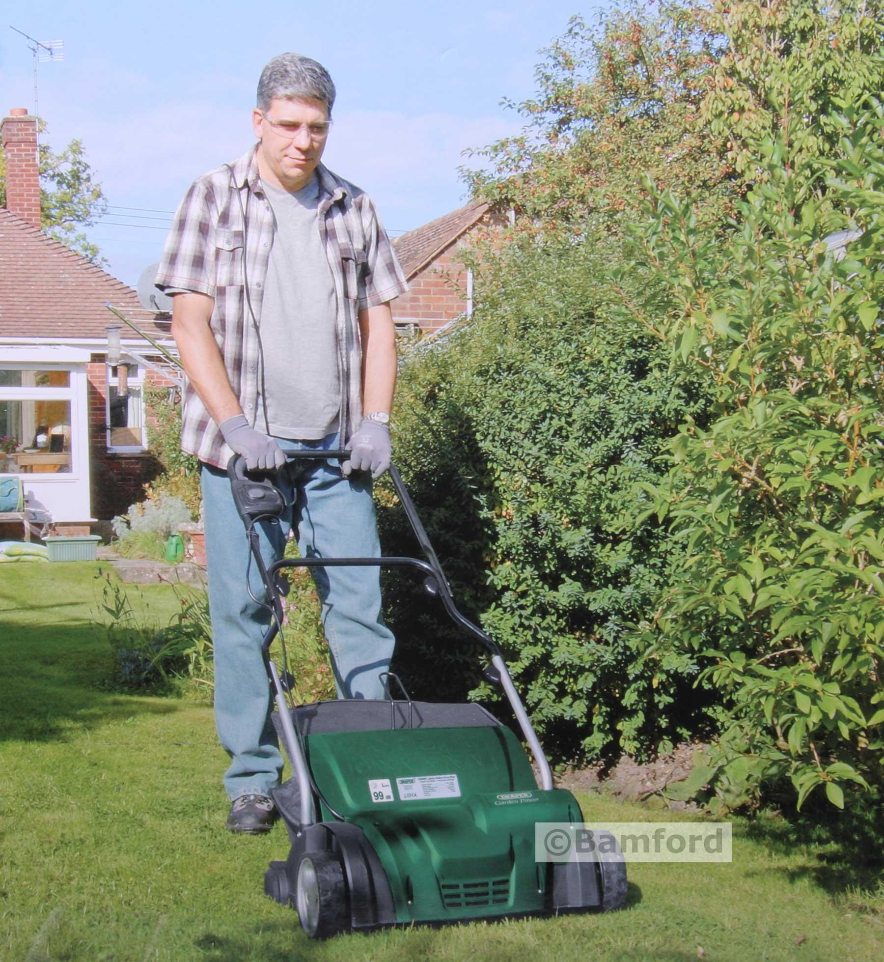 Draper Landscaping Rake : Draper lawn raker scarifier w rake mm v year