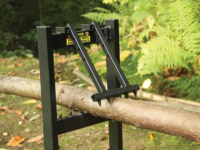 Roughneck Folding Saw Horse Chainsaw Stand For Logging And