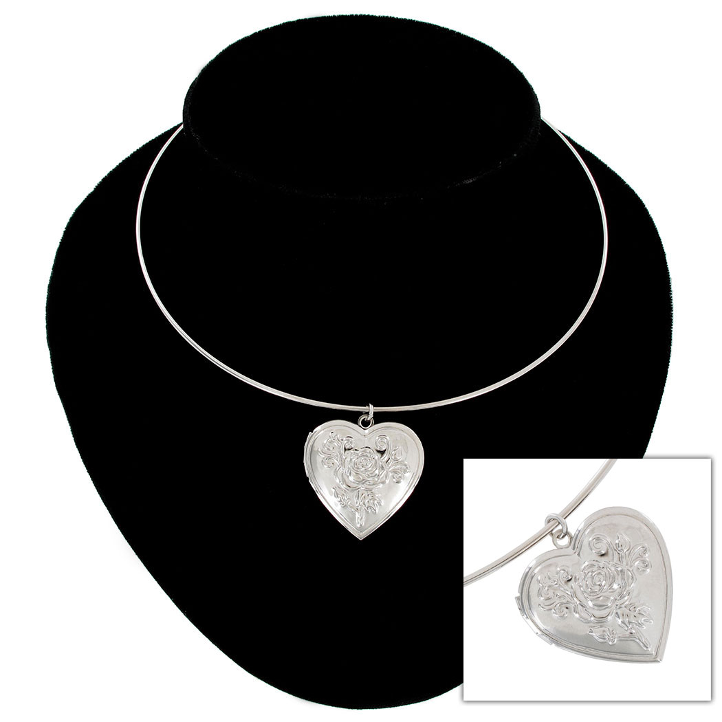 KY & Co USA Made Pendant Locket Collar Necklace Silver Tone Rose Heart Photo