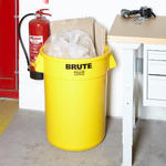 Rubbermaid 121 Litre BRUTE Round Container Bins Thumbnail 3
