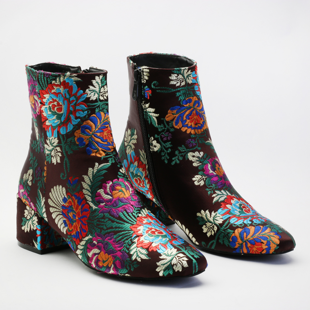 Embroidered Shoes Heels