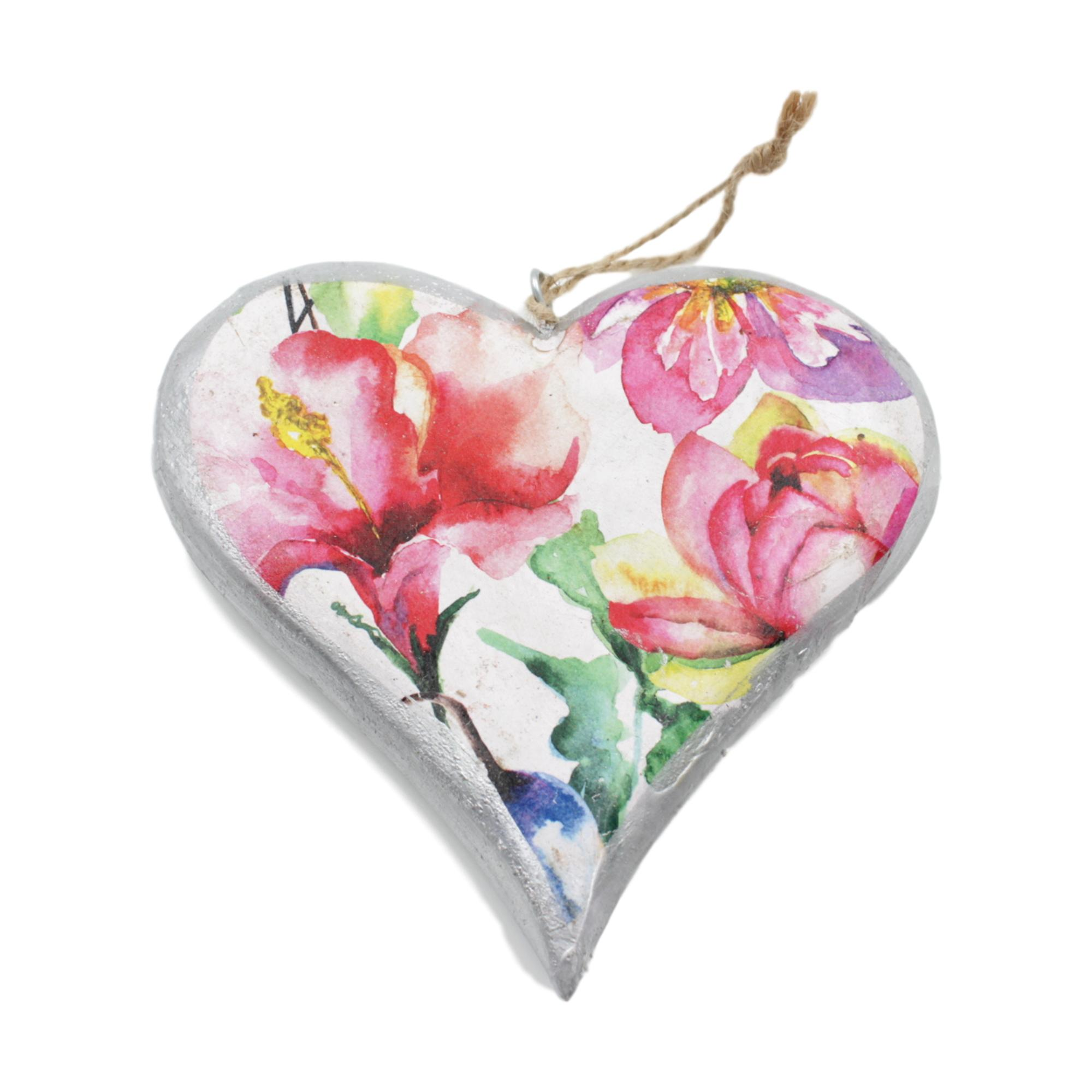 1x Large Vintage Floral Wooden Painted Hanging Hearts 15cm