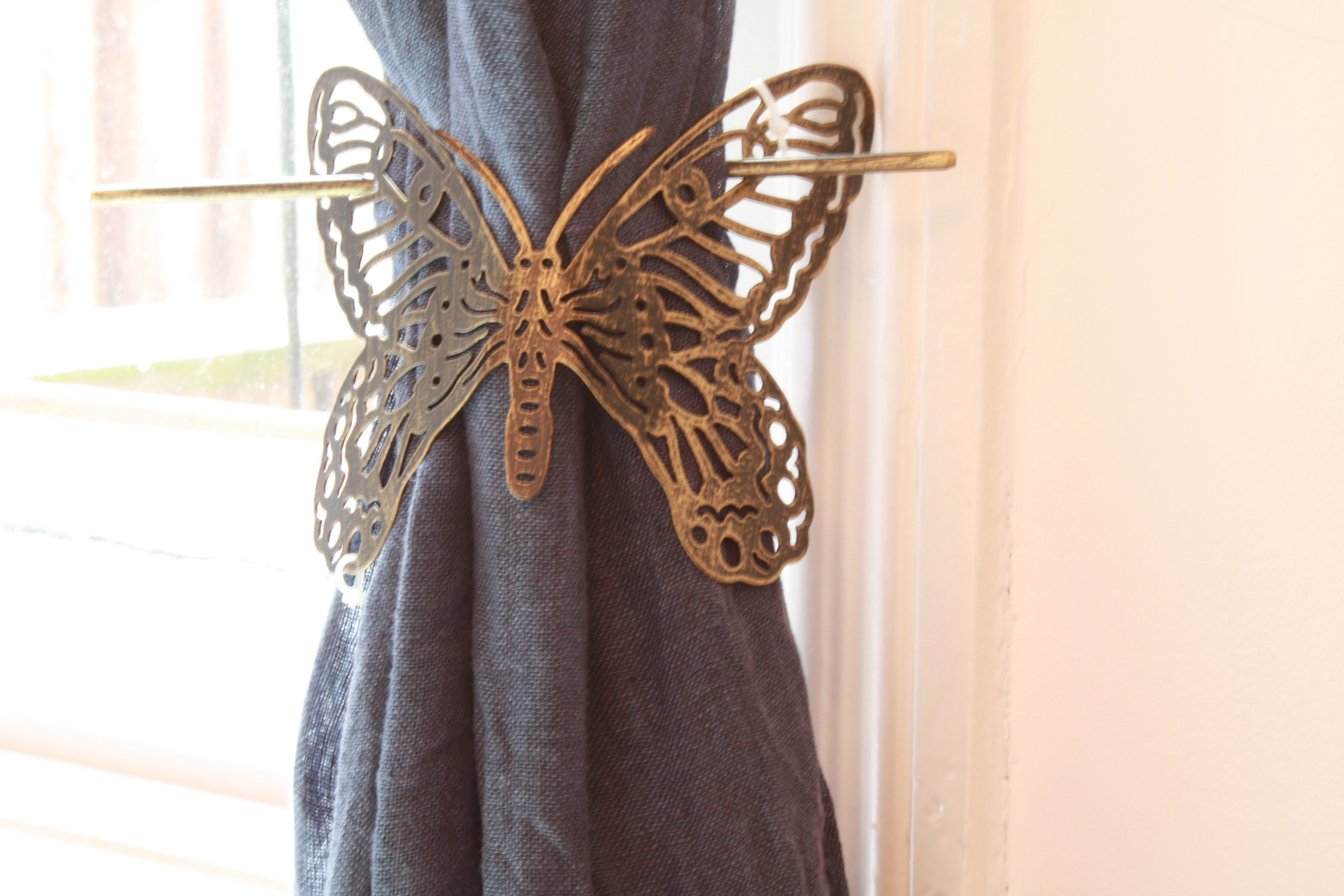 1x Brushed Silver Black Butterfly Design Metal Curtain Tie Back